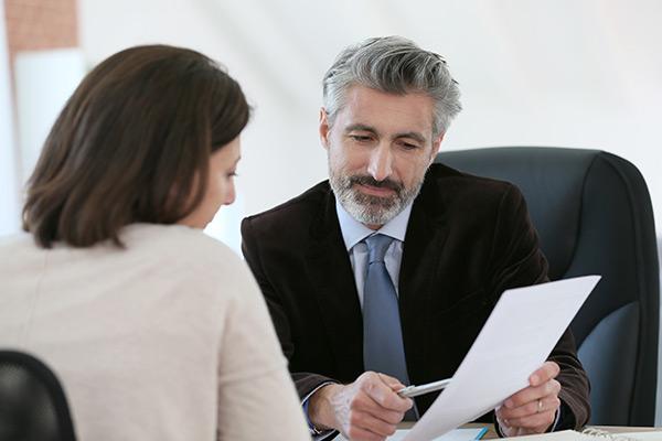 Voyez en bref tout ce que peut vous apporter un conseiller en sécurité financière au Québec